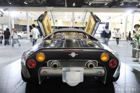 Bespoke Spyker C8 Spyder for China