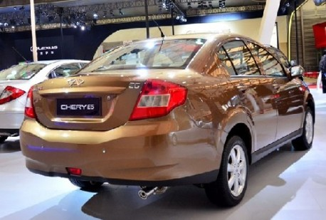 http://www.carnewschina.com/wp-content/uploads/2011/05/chery-e5-listed-china-2-458x309.jpg