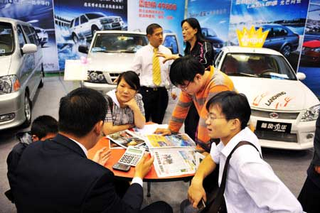 China's 2011 auto sales expected to exceed 18 million