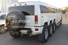 8-wheel Hummer H2 in China