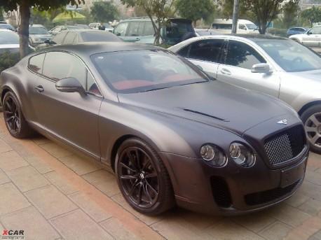 Matte-black Bentley Continental Supersports