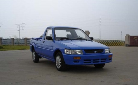 Lifan LF1012 pick-up truck