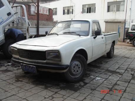 Peugeot 504 pickup China