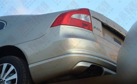 facelifted Volvo S80