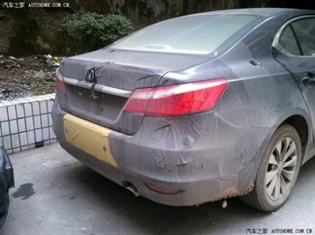 Chang'an CD101 naked in China
