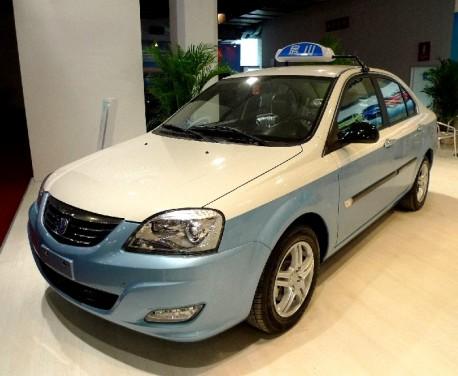 Chang'an E30 EV debuts in China