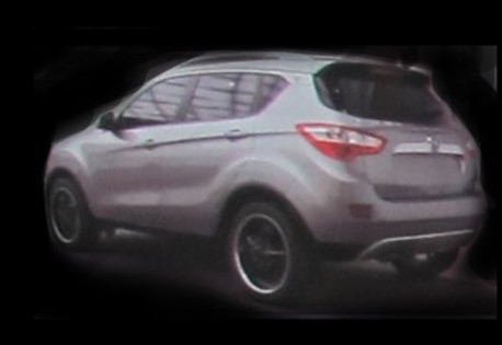 Chang'an S101 SUV naked in China