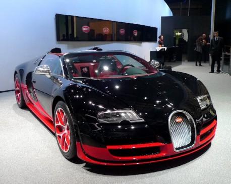 Bugatti Veyron 16 4 Grand Sport Vitesse At The Beijing Auto Show