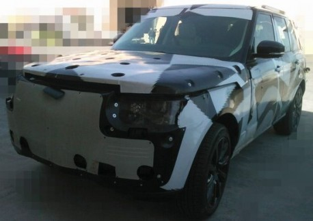 new Range Rover testing in China