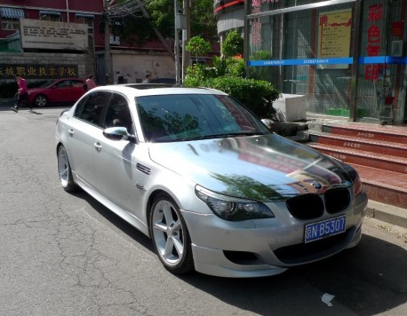 BMW 5-series in Bling