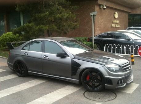 Wald Mercedes-Benz C-class Black Bison Edition