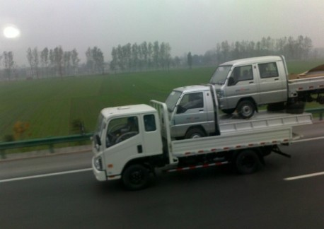 Transporting Trucks the Chinese Way