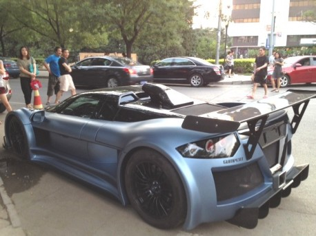 Gumpert Apollo S China