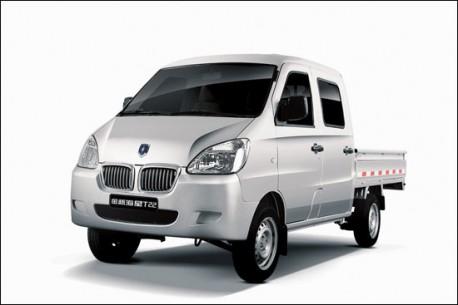 Jinbei Haixing minivan