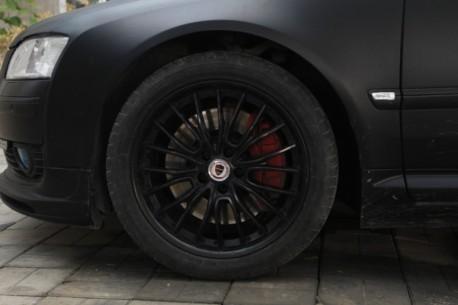 Audi A8L in matte-black from China