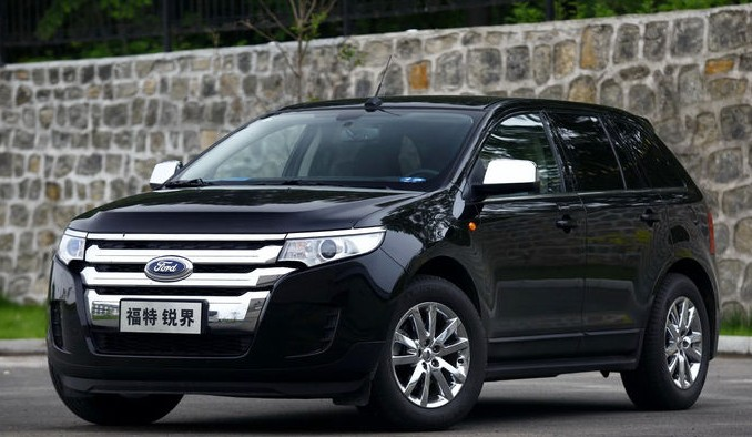 Ford Edge With   Ecoboost