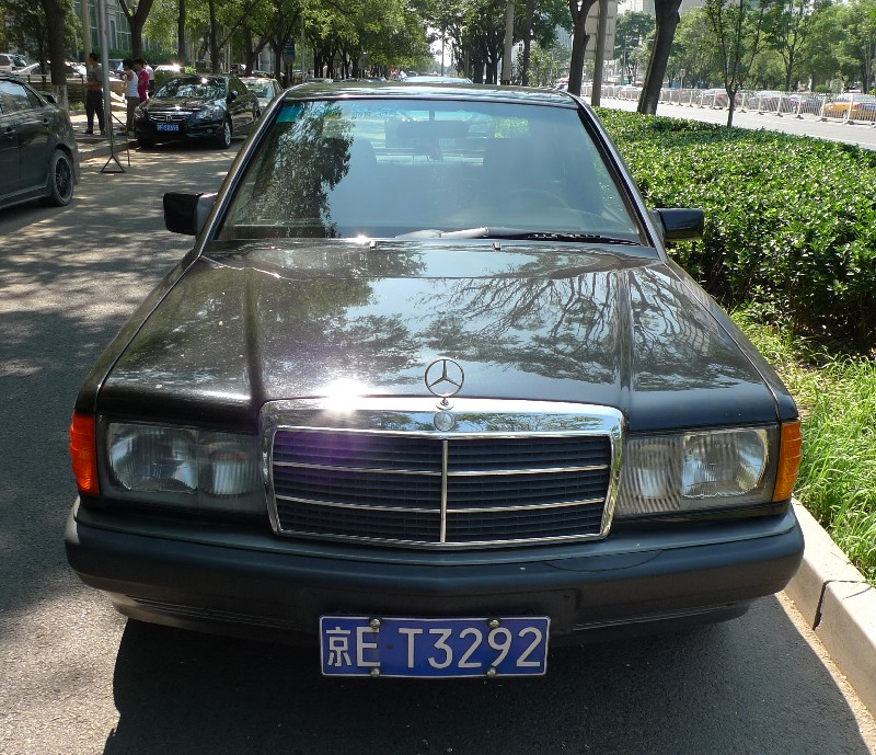 Spotted in china mercedes benz 190e for Mercedes benz china