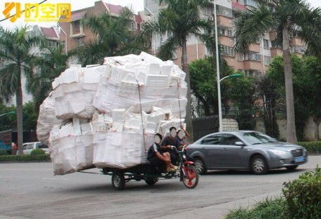 Slightly overloaded tricycle in China