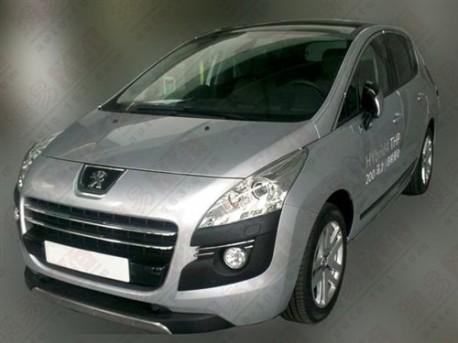 Peugeot 3008 hybrid testing in China