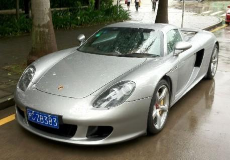 Porsche Carrera GT pops up in Shanghai