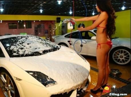 Bikini Car Wash in China