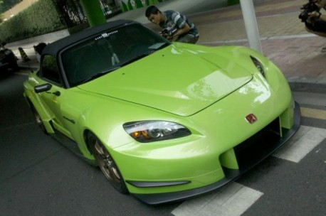Honda S2000 is a Racy Frog in China
