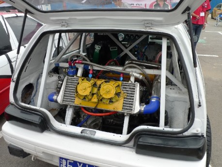 Extreme Tuning in China: 300HP V6 in a Xiali