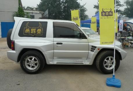 Spotted in China: Mitsubishi Pajero Evolution
