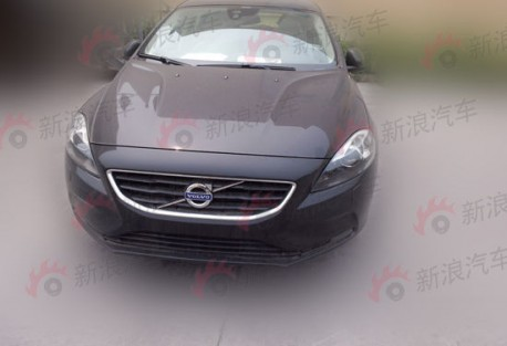 Volvo V40 T5 testing in China