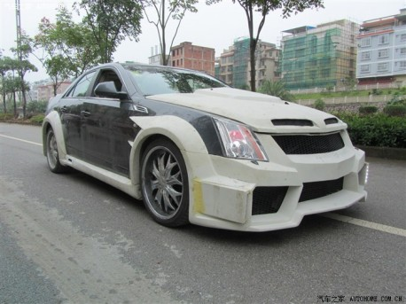 Cadillac CTS goes Crazy in China