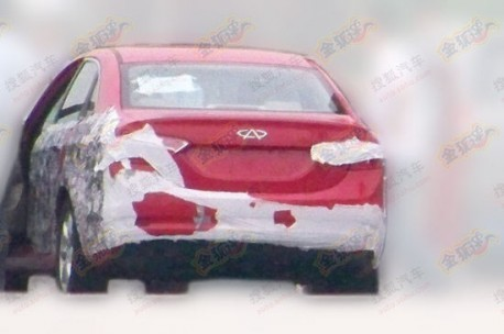 Spy Shots: Chery M16 still testing in China