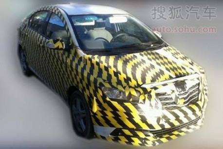 Spy Shots: Dongfeng-Fengshen working on new small sedan