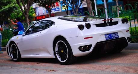 Spotted in China: Ferrari F430 Novitec Rosso in White