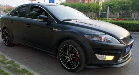 Ford Mondeo is Matte Black in China