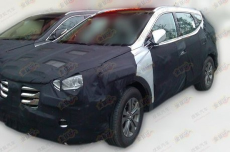 new Hyundai Sante Fe testing in China