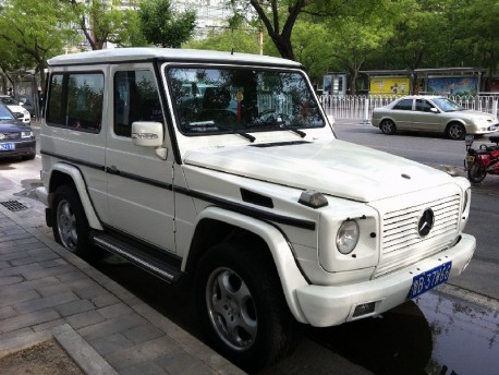 Spotted in China: Mercedes-Benz G500 SWB in White