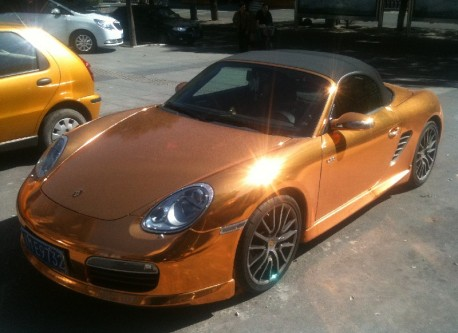 Porsche Boxster S in Glitter & Gold in China