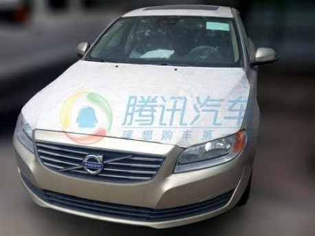 Spy Shots: facelifted Volvo S80L for China