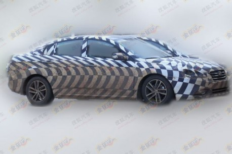 Spy Shots: new FAW-Besturn B50 testing in China