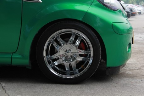 BYD F0 is a green Batman in China