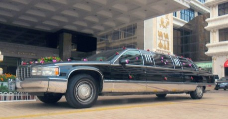 Spotted in China: super stretched Cadillac Fleetwood