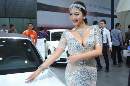 Cao Yang sells an Audi in China
