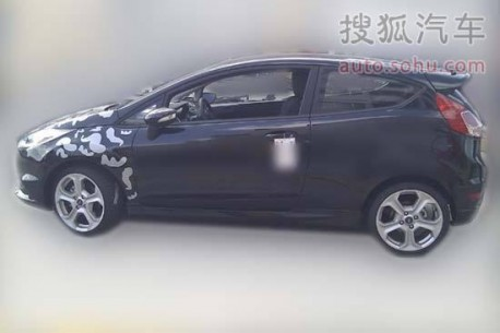 Spy Shots: Ford Fiesta ST testing in China