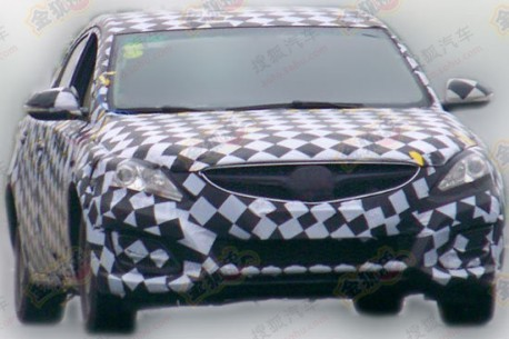 Spy Shots: new Haima Family testing in China