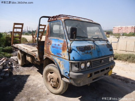 China Car History: the Nanjing Yuejin NJ131 light truck