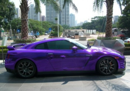 Nissan GT-R is shiny purple in China
