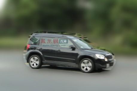 Spy Shots: stretched Skoda Yeti testing in China