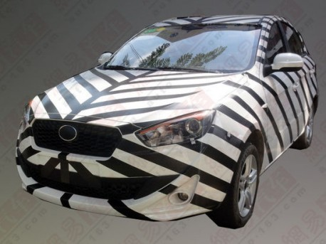Spy Shots: FAW Oley hatchback seen testing in China again