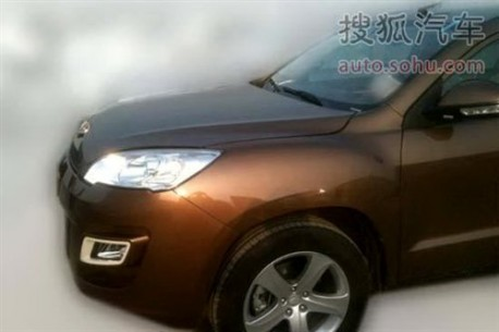 Spy Shots: Geely Emgrand EX8 will be launched in China next year
