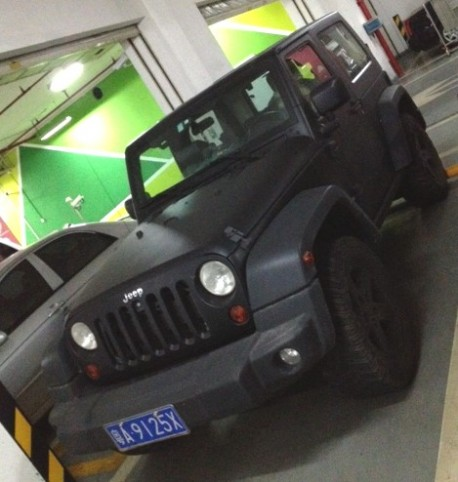 Jeep Wrangler is matte black in China